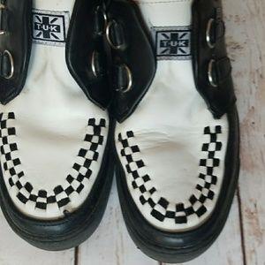 T.U.K. black white sneakers checkered theme sz 9